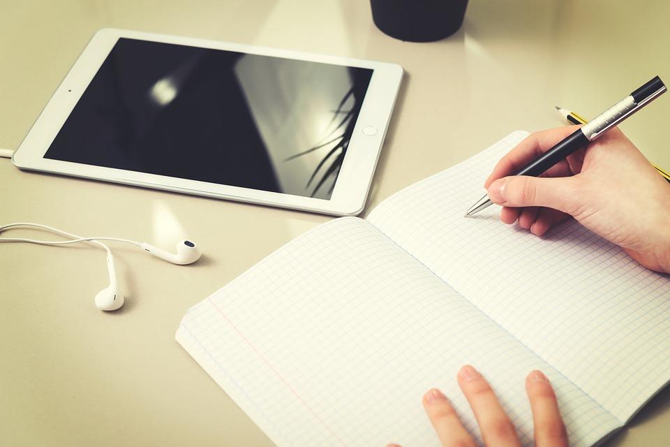 homework-3235100_960_720